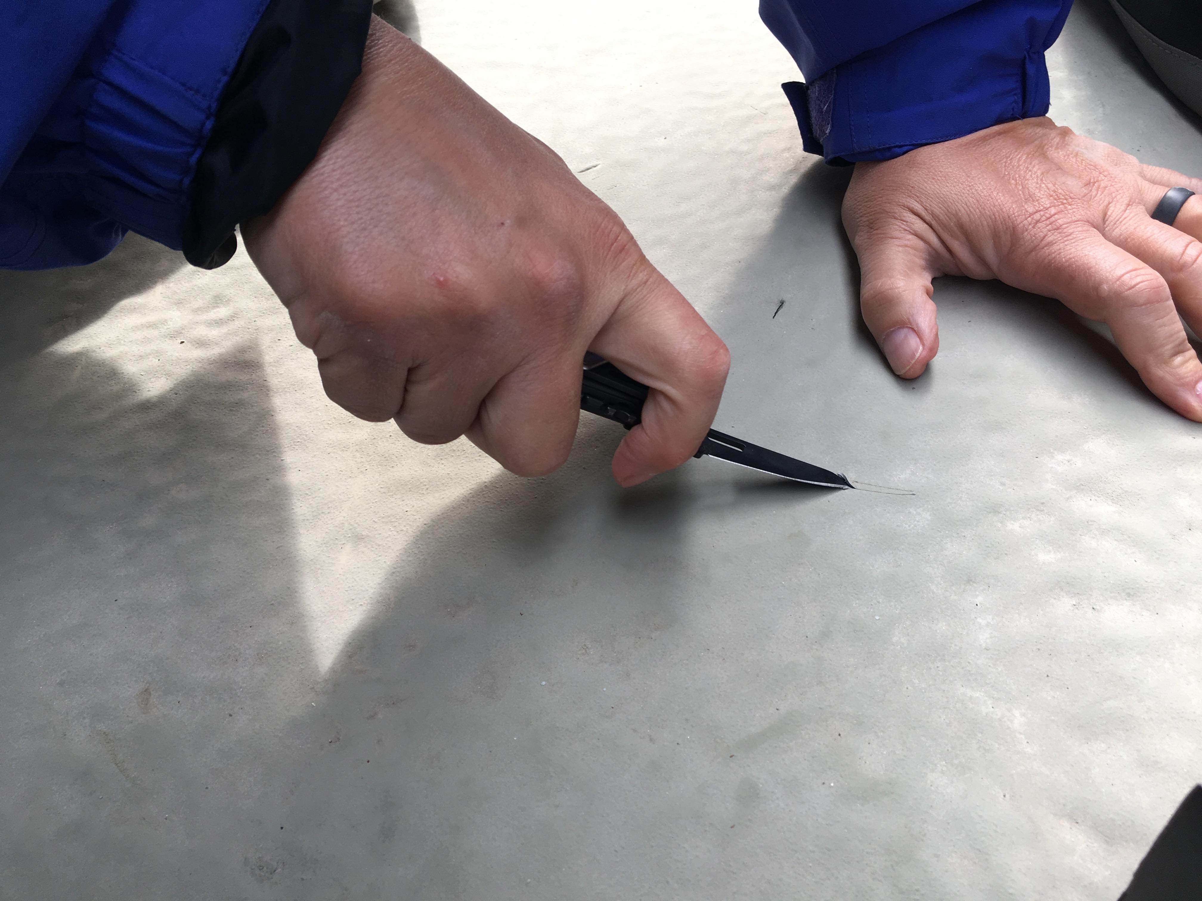 Qualitative adhesive/cohesive testing
