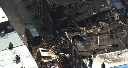 Row house collapses in Philadelphia
