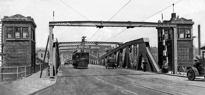 Fremont Bridge 1917