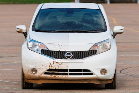 Nissan self-cleaning car