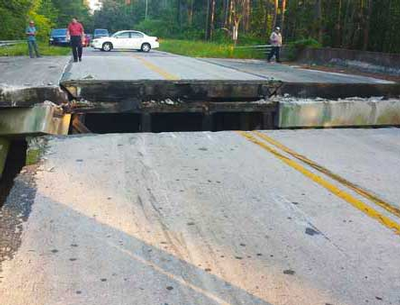 Moncks Corner SC bridge collapse
