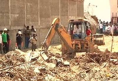 Chennai warehouse wall collapse