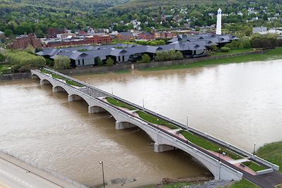 Centerway Arch Bridge