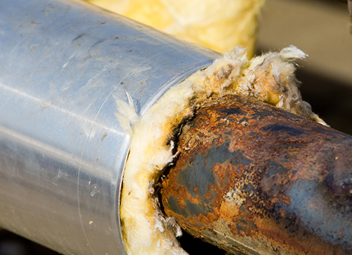 rust on insulated pipe