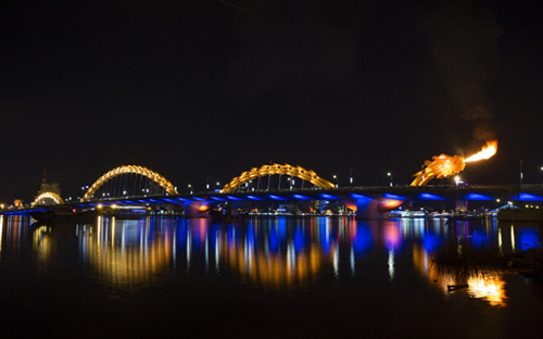 Fire-breathing Dragon Bridge, Da Nang