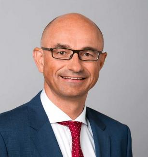 Dr. Robert Gnann