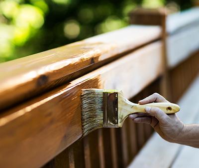 varnish application
