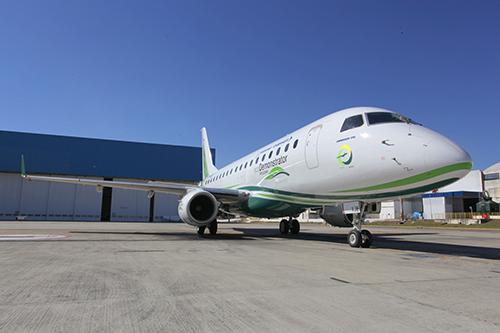 Boeing, Embraer test jet