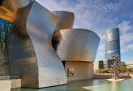Gehry Flips Off Critics in Spain