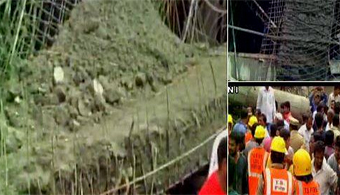 2 Workers Killed in Collapse