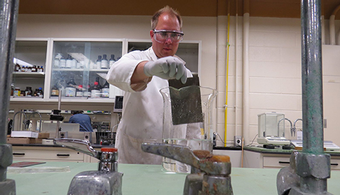 Chemists Develop Green Corrosion Protection