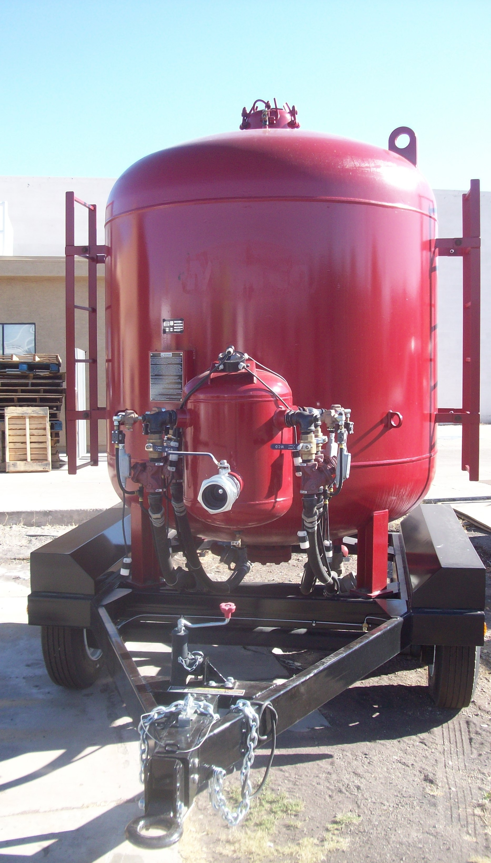 Paint and Coatings Equipment for Sale or Rent : 8 Ton Blast Pot